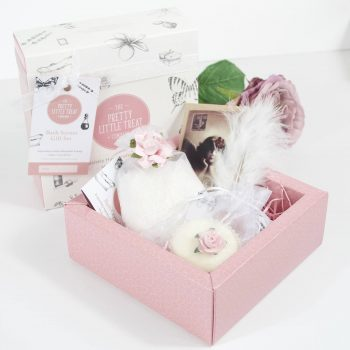 pretty little bath scents gift set vintage style gift