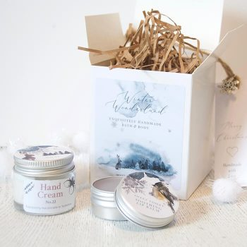 Pretty Little Treat Co Winter Wonderland Gift Set for her