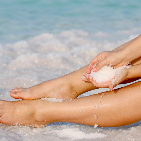 Pretty Little Ingredient of the month Natural Sea Salt Summer Skin Exfoliating Glow72